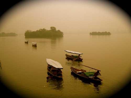 Hongzhou - boats